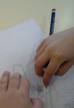 Arts visuels au CP / Les deux ateliers du jour