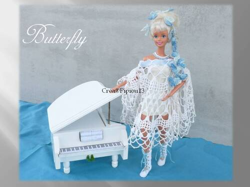 """Barbie en modèle """"Butterfly"""" au crochet"""