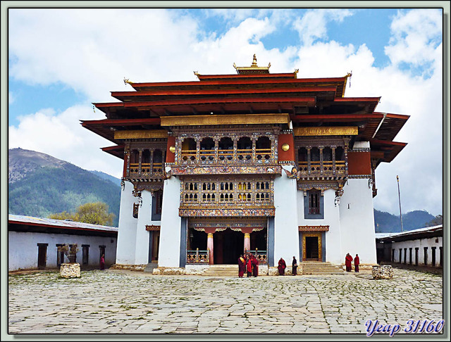 Blog de images-du-pays-des-ours : Images du Pays des Ours (et d'ailleurs ...), Panorama interactif 3D - Gangtey Gompa - Phobjika - Bhoutan