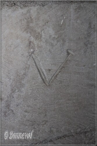 Abbaye de Montmajour Abbatiale Notre-Dame crypte marques tâcherons