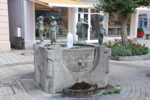 une petite fontaine