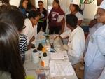 Visite du laboratoire d'analyses médicales