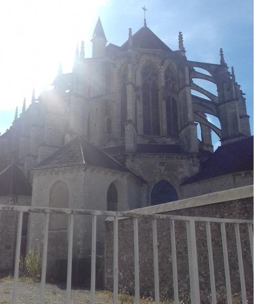 CHARTRES - Eglise St-Pierre
