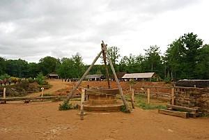 Guédelon le puits