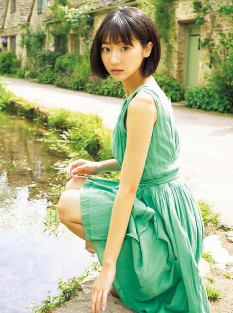 WEB Magazine : ( [FRIDAY Digital - Gravure] - |FRIDAY - 10/01/2020 - Photogenic heroine 2020 いま日本で一番美しい女性が全員集合!| )