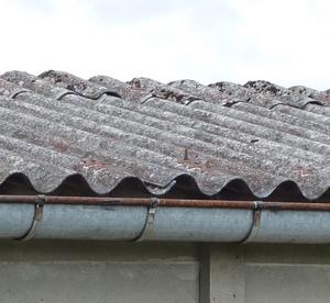 tole ondul e eternit amiante rev tements modernes du toit. Black Bedroom Furniture Sets. Home Design Ideas