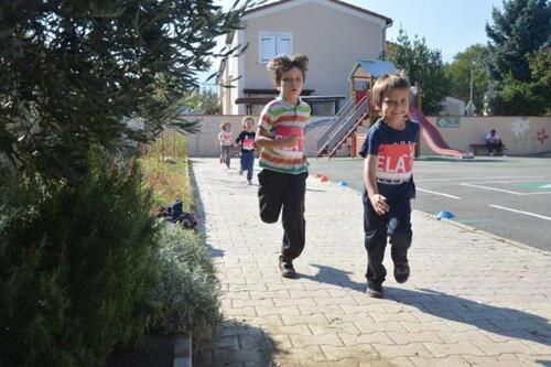 Les élèves de l'école St Joseph courent pour l'association ELA