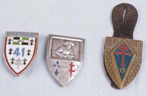 le 41è Régiment d'infanterie reconstitué en 1944 à Coëtquidan.