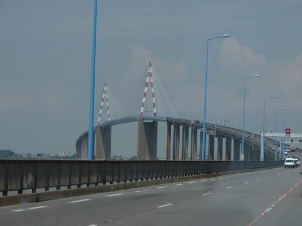 4 pont de St Nazair