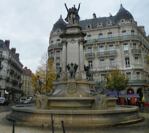 Balade à Grenoble ( 2 )
