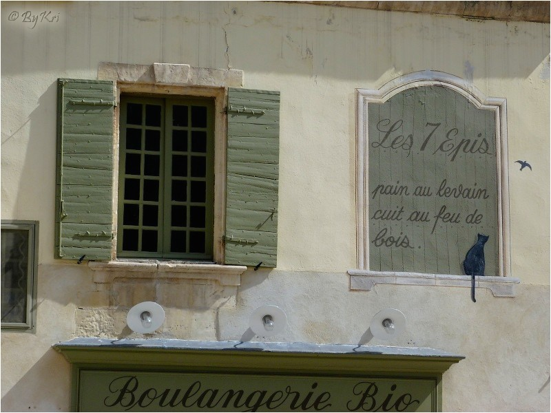 Mur peint à Tarascon (13) ...