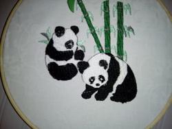 PANDA: 2 bébés