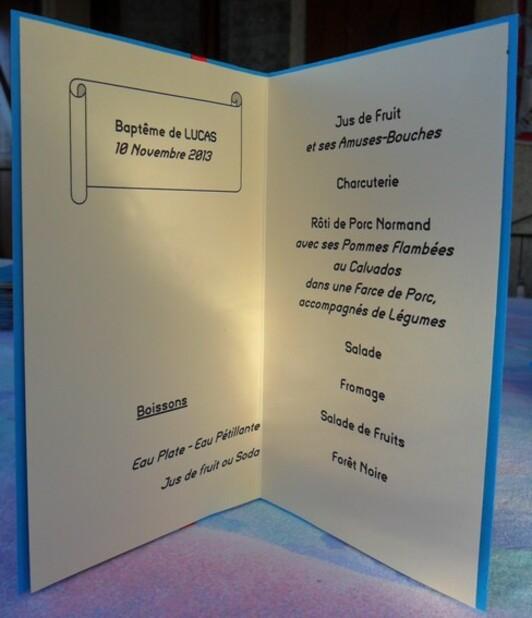 Le baptême de Lucas : les menus et les marques-places