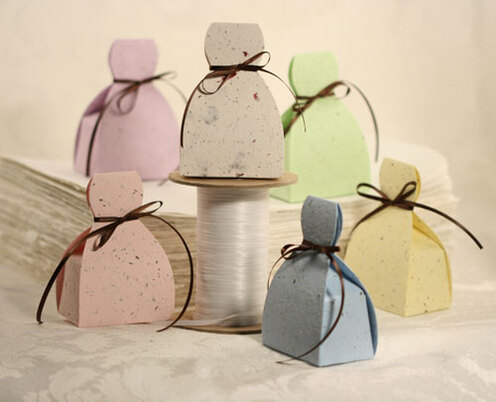How to Make Favor Boxes at Home