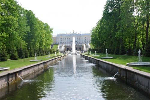 Le parc du Palais de Petershof (photos)