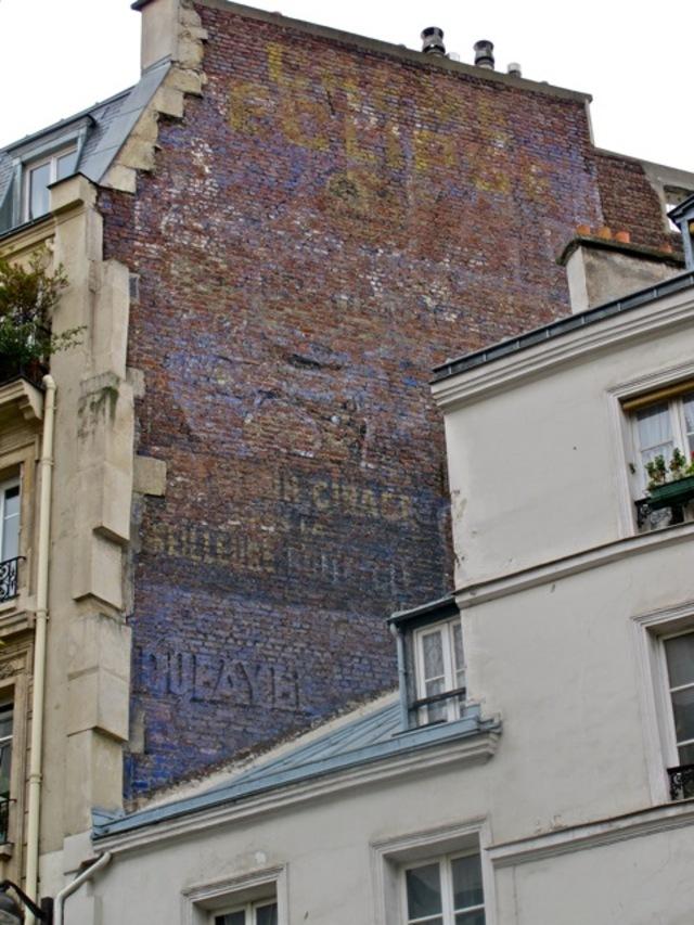 ancien mur peint publicitaire Eclipse à Paris
