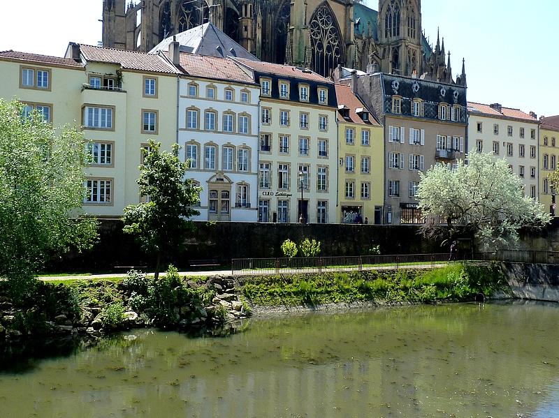 Quand la Moselle joue avec Metz 2/3...