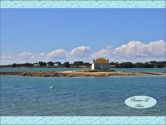L'îlot de Nichtarguér et le calvaire de Saint-Cado...
