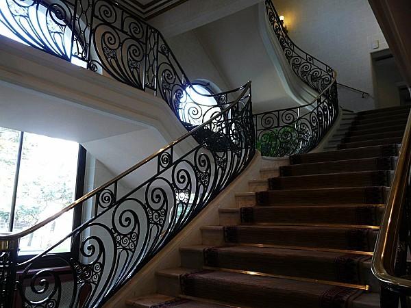 Hotel-Hermitage--escalier-LA-BAULE-21-09-10--033.jpg