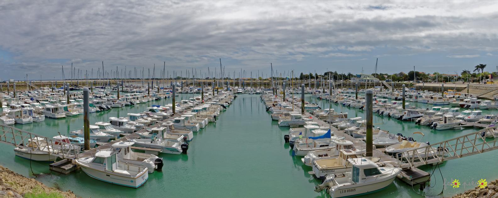 Saint Denis d'Oléron - Charente maritime. Mai 2015.