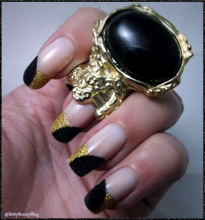Mes ongles or et velours