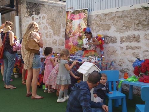 Animation pour les enfants sur le marché de Fremantle