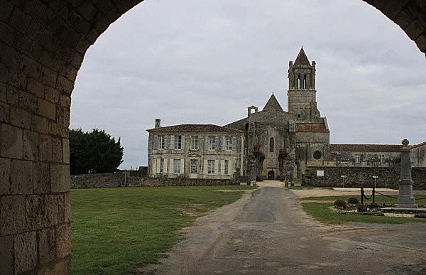 l'Abbaye de Sablonceaux 3