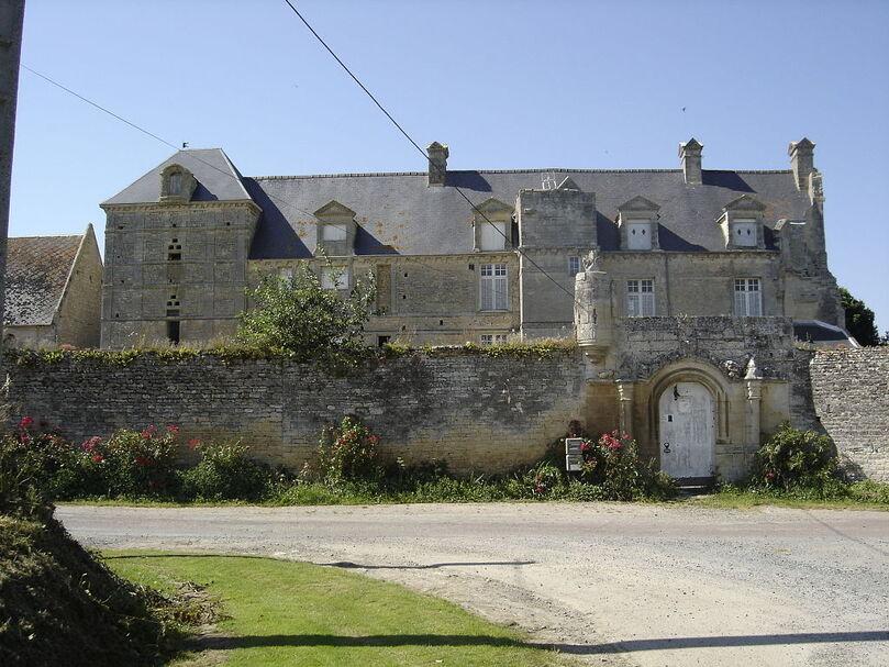 Vienne-en-Bessin, le Vieux Château.JPG