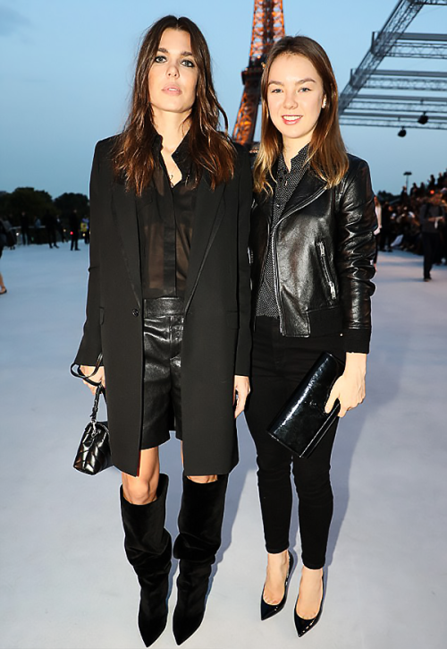 Charlotte et Alexandra à la fashion week à Paris