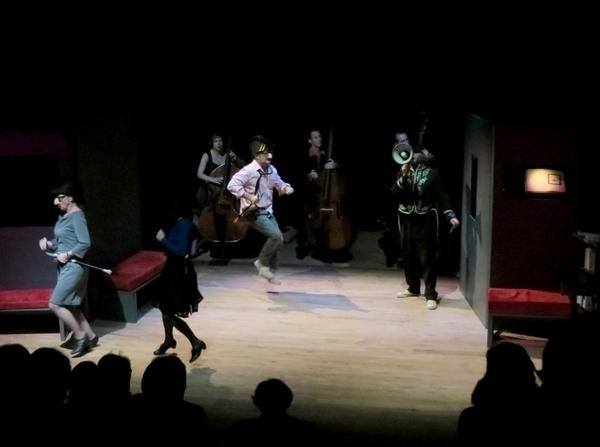 """""""Méchantes langues, ou les délices de la polémique"""", par La Compagnie des Gens et le trio de contrebasses Cargo...."""