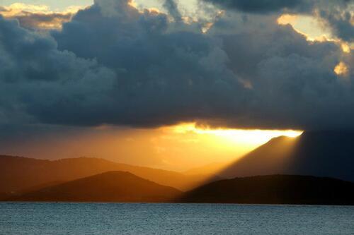Dernier couché du soleil à Palomino Island