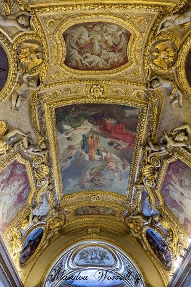 Paris : Le Louvre palais et musée 2/2