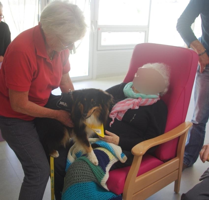 Visite à la maison de retraite d'Etaules