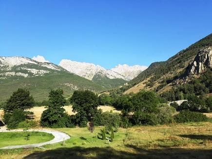 Vue sur le massif des Ecrins depuis la Vallée de la Durance