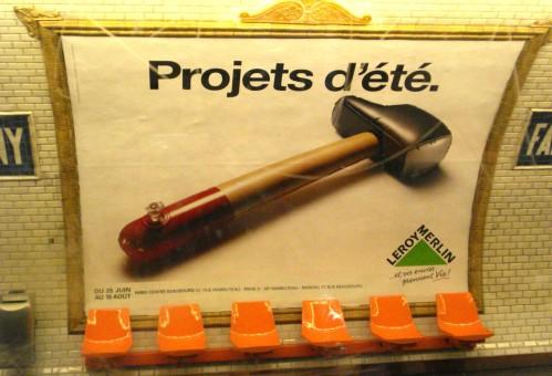 Leroy Merlin affiche marteau gonflable