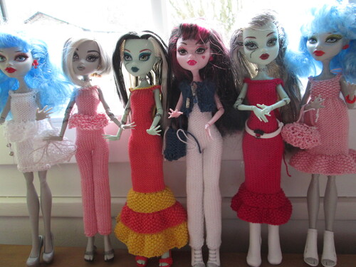 Vêtements pour monster high