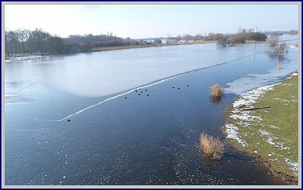 glace-canards-pont-de-l-ouen.jpg