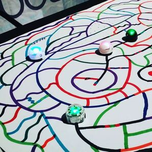 Calling all #KidsWhoCode & #Makers! The #Ozobotteam will be at @toysrusFreehold NJ this Saturday and Sunday from 2-4 pm! Get hands-on with Ozobot Bit the insanely tiny robot that inspires creativity while teaching coding principles. Hope to see you there! #OzoNation #CSforAll #KidsCanCode: