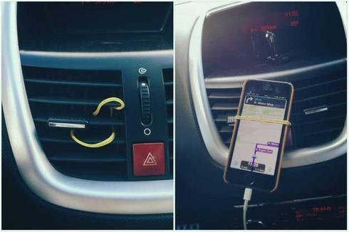 Socle pour téléphone dans la voiture