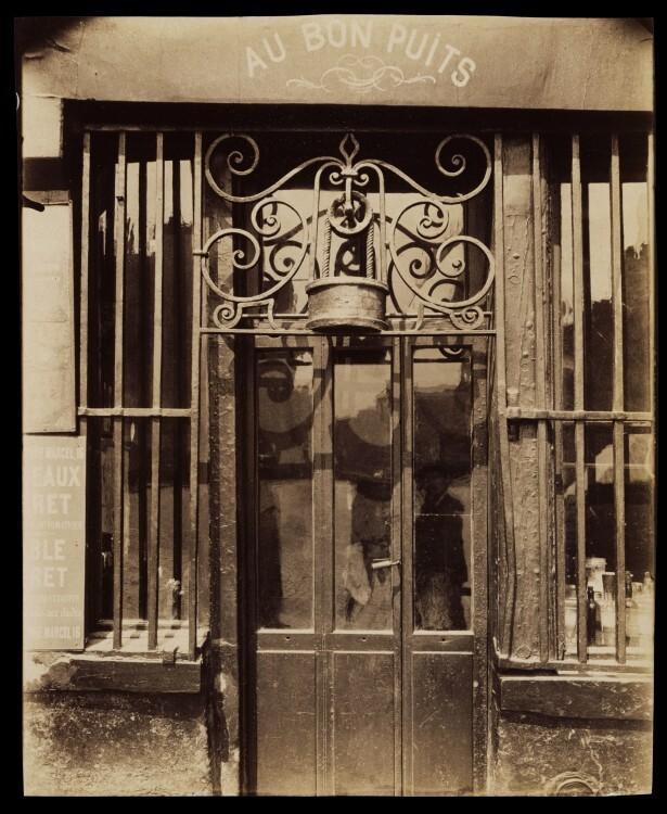 Atget Paris Au bon puits rue Michel Le Conte 615x750 Le Paris de 1900 par Atget
