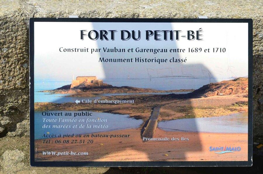 « St Malo - Fort du petit Bré »