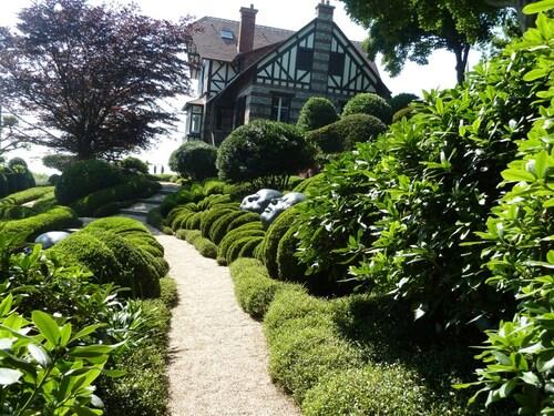 Etretat et se jardins étonnants