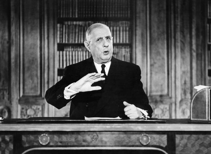Du 18 juin 1961 au 13 novembre 2015   ou de l'OAS à Daech