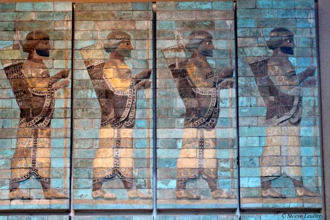 Le Louvre : le palais de Darius Ier