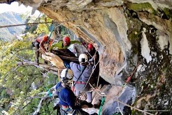 Les Corses ont marché dans la grotte ...