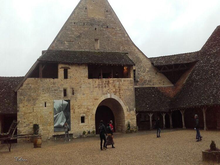 le château du Clos Vougeot , première partie