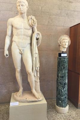 Ancienne Corinthe - Gaius Caesar et portrait de Néron