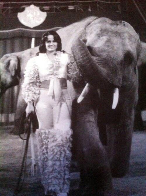 Annette Suskow à la présentation des éléphants du cirque Jean Richard ( archives Daniel Suskow)
