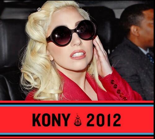 Lady Gaga participe à la campagne KONY 2012 .