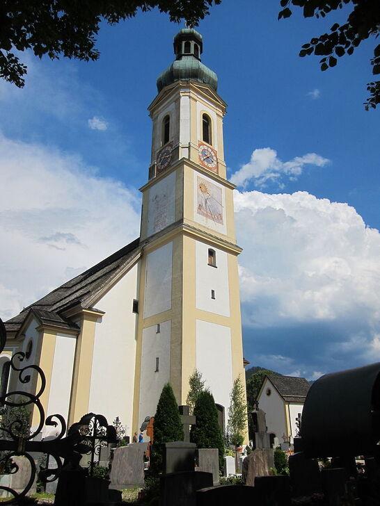 Pfarrkirche Lenggries-01.jpg